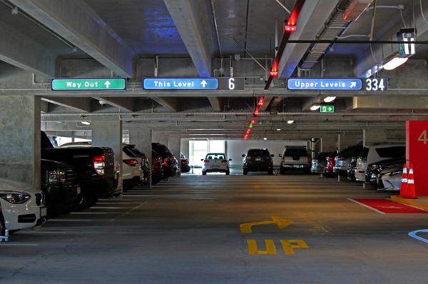 sistema de guiado de parking
